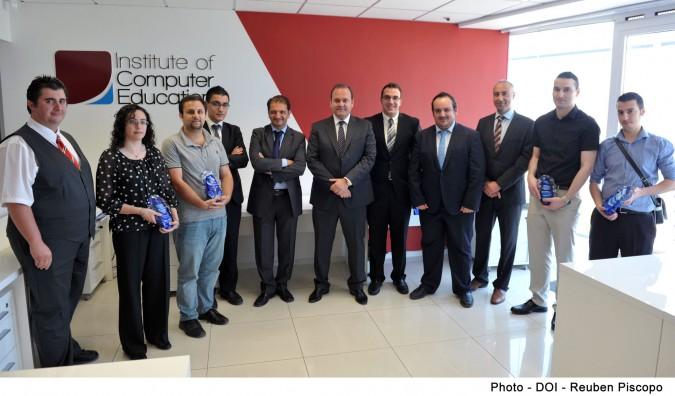 Dr Cardona, ICE Malta team, Cisco team and winners